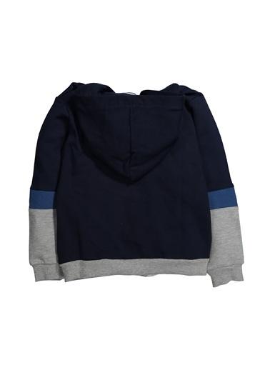 Zeyland Kapüşonlu Kol Parçalı Sweatshirt (5-12yaş) Kapüşonlu Kol Parçalı Sweatshirt (5-12yaş) Lacivert